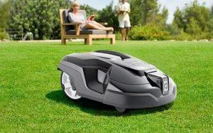 COMPRAR ROBOT IMAGEN ROBOT CORTACESPED COMPRAROBOT www.comprarobot.com comprar robot cortacesped para cortar el cesped barato ofertas amazon el corte inglés leroy merlin